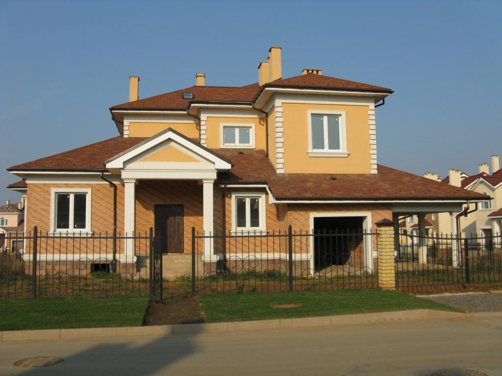 У нас вы можете недорого построить дом под ключ в Киеве и области