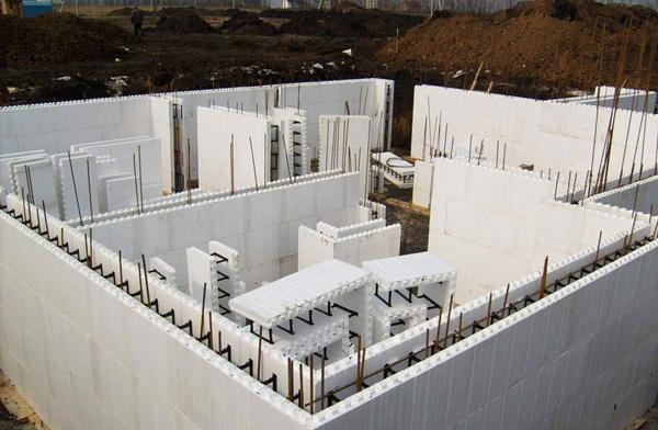 Монолитное строительство - фото