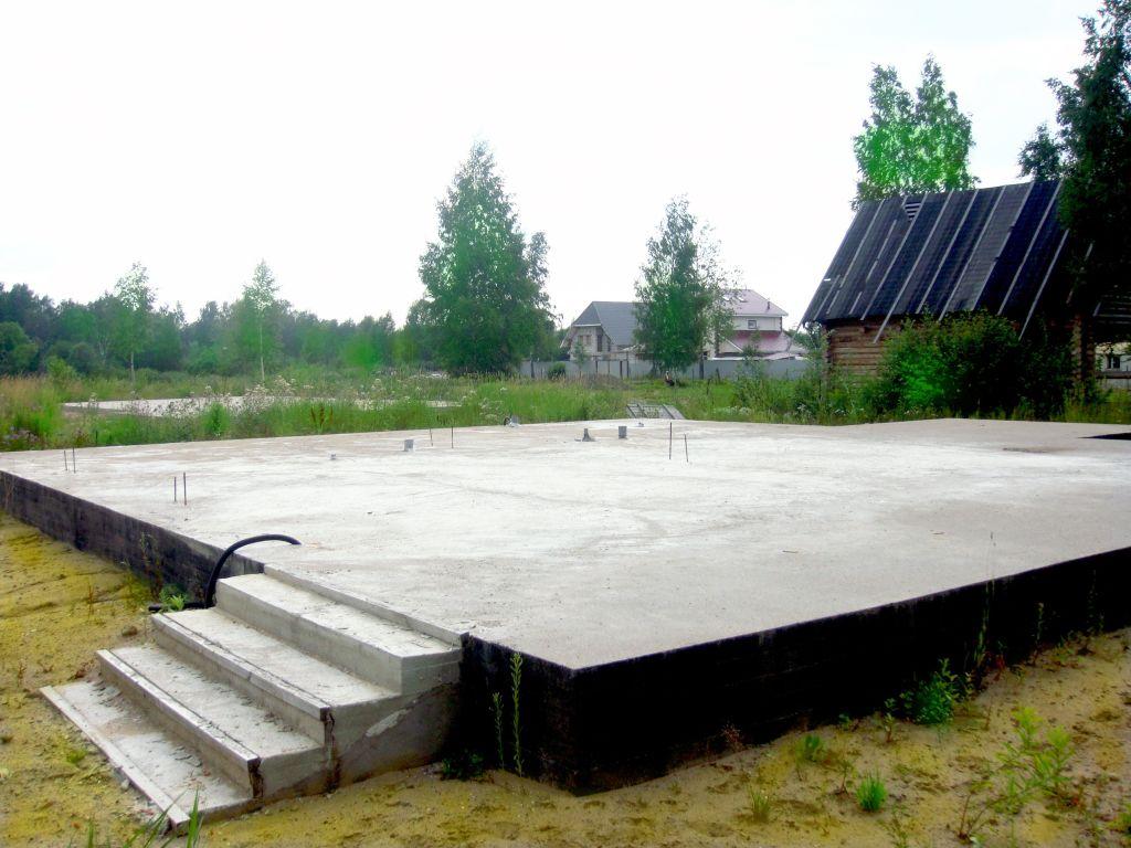 Заливка фундаментальной плиты
