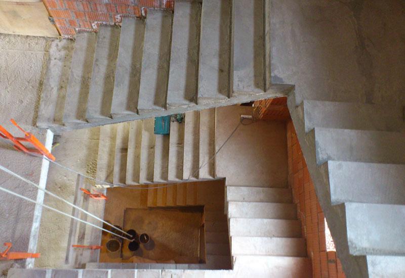 Изготовление монолитных лестниц в Киеве