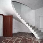 Здесь делают монолитные лестницы по приемлемым ценам