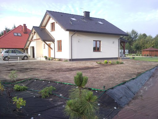 pchelka-z-garazem-fot-05-1347963515-evcibww.jpg