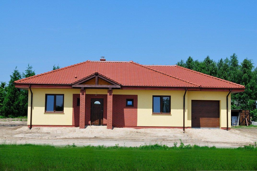 projekt-domu-jak-marzenie-z-garazem-fot-2-1374152666-qwbepfwz.jpg