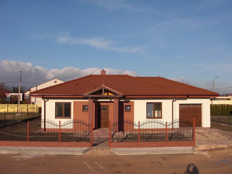 projekt-domu-jak-marzenie-z-garazem-fot-4-1374152679-xdnlxfrp.jpg