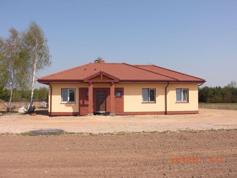 projekt-domu-jak-marzenie-z-garazem-fot-7-1374152700-ebetrkqt.jpg