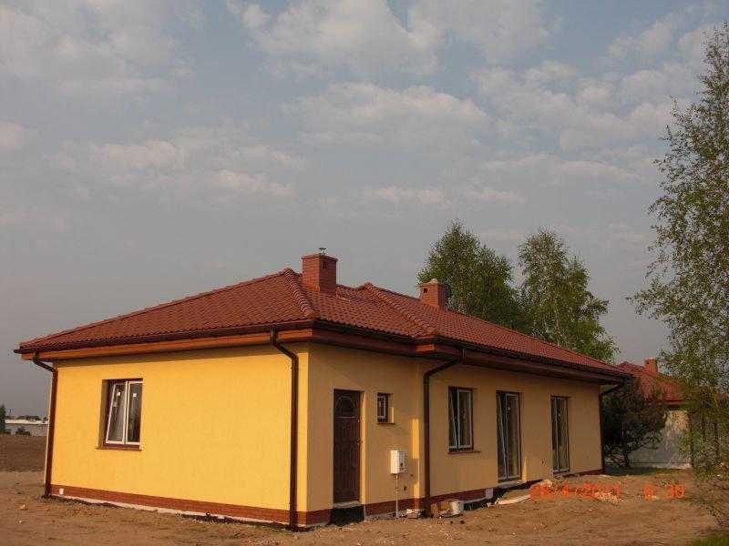 projekt-domu-jak-marzenie-z-garazem-fot-8-1374152705-ci1nbiv8.jpg