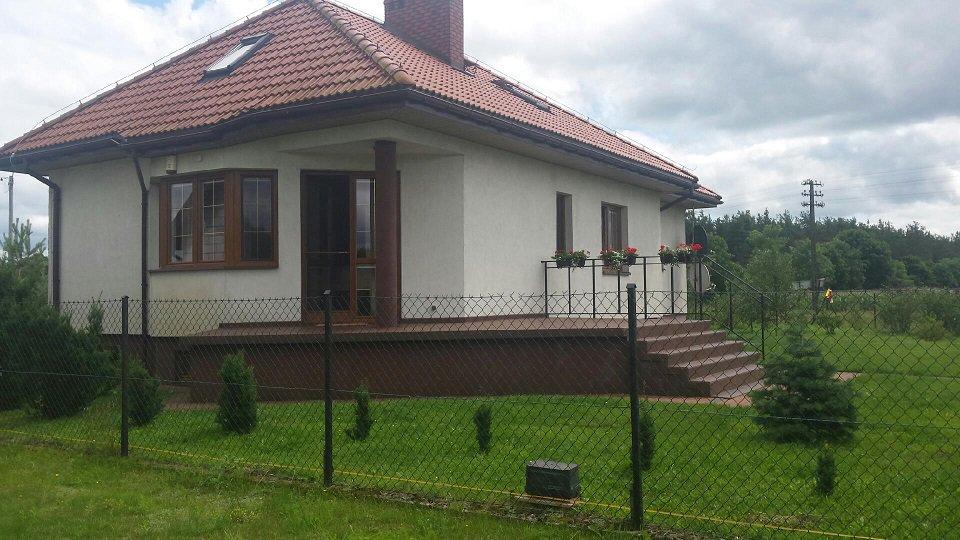 projekt-domu-klejnot-z-garazem-fot-10-1470046465-kmc5k86l.jpg