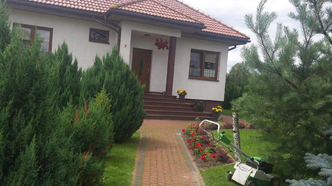 projekt-domu-klejnot-z-garazem-fot-9-1470046464-jgc1k7bu.jpg
