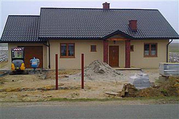 projekt-domu-niezapominajka-z-garazem-fot-8-1474541090-g4y3ifn.jpg