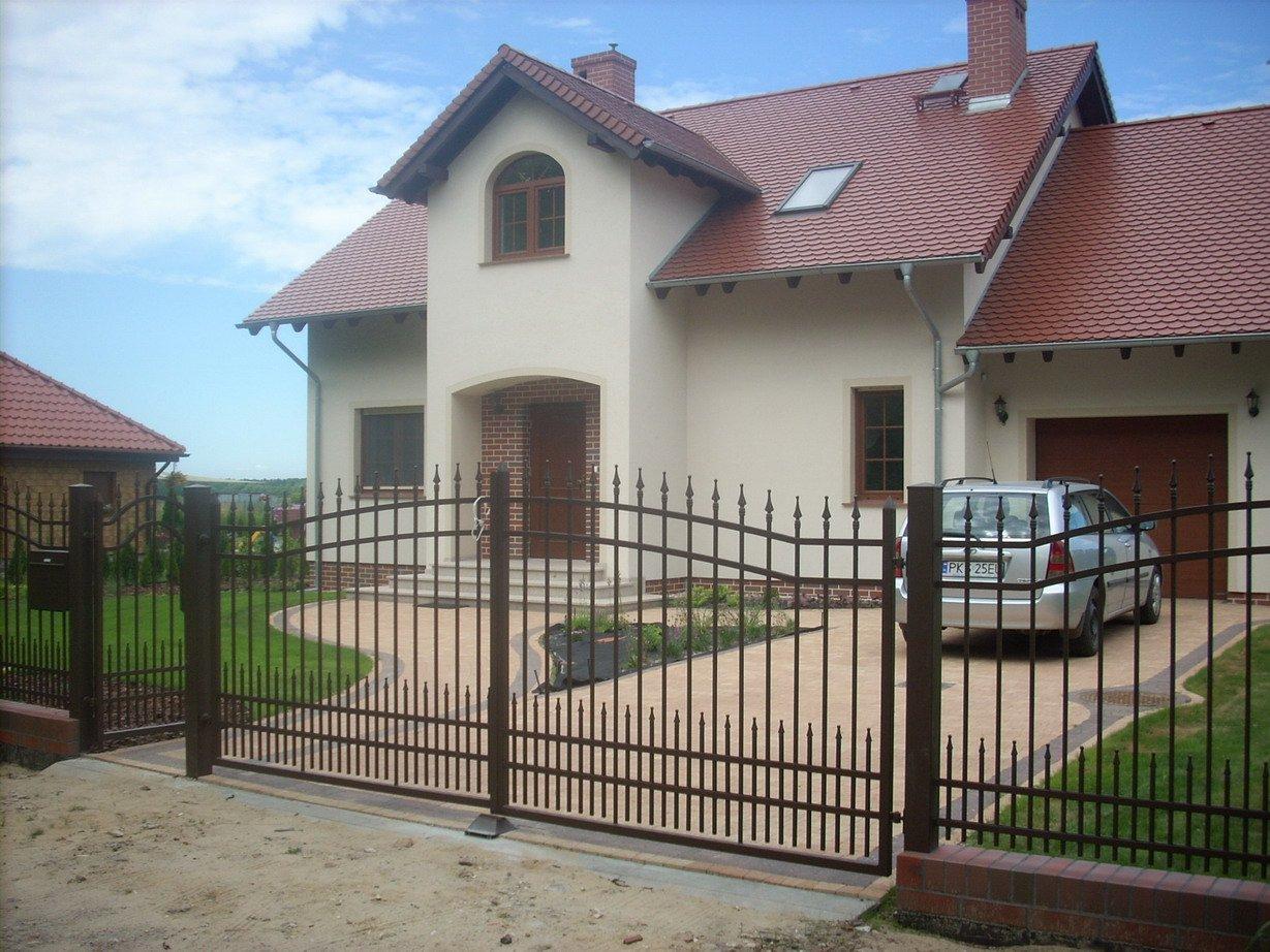 projekt-domu-zgrabny-fot-1-1374839861-nkl5aehg.jpg